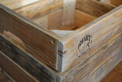 détail grande caisse en bois de palettes revalorisées boby&co'