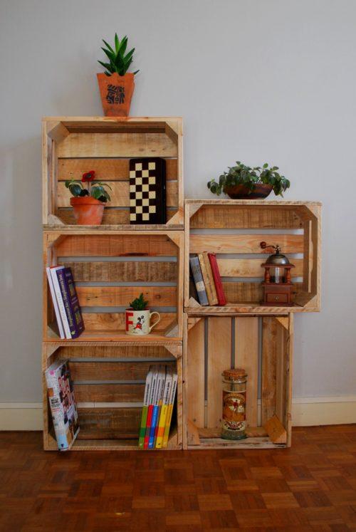 Aménagement avec de petites caisses en bois de palettes revalorisées boby&co'
