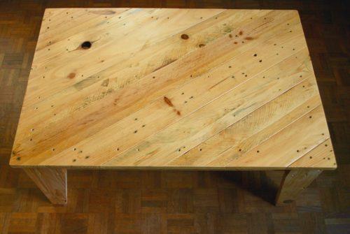 vue dessus table basse en palettes revalorisées boby&co'