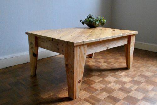 table basse en palettes revalorisées boby&co'